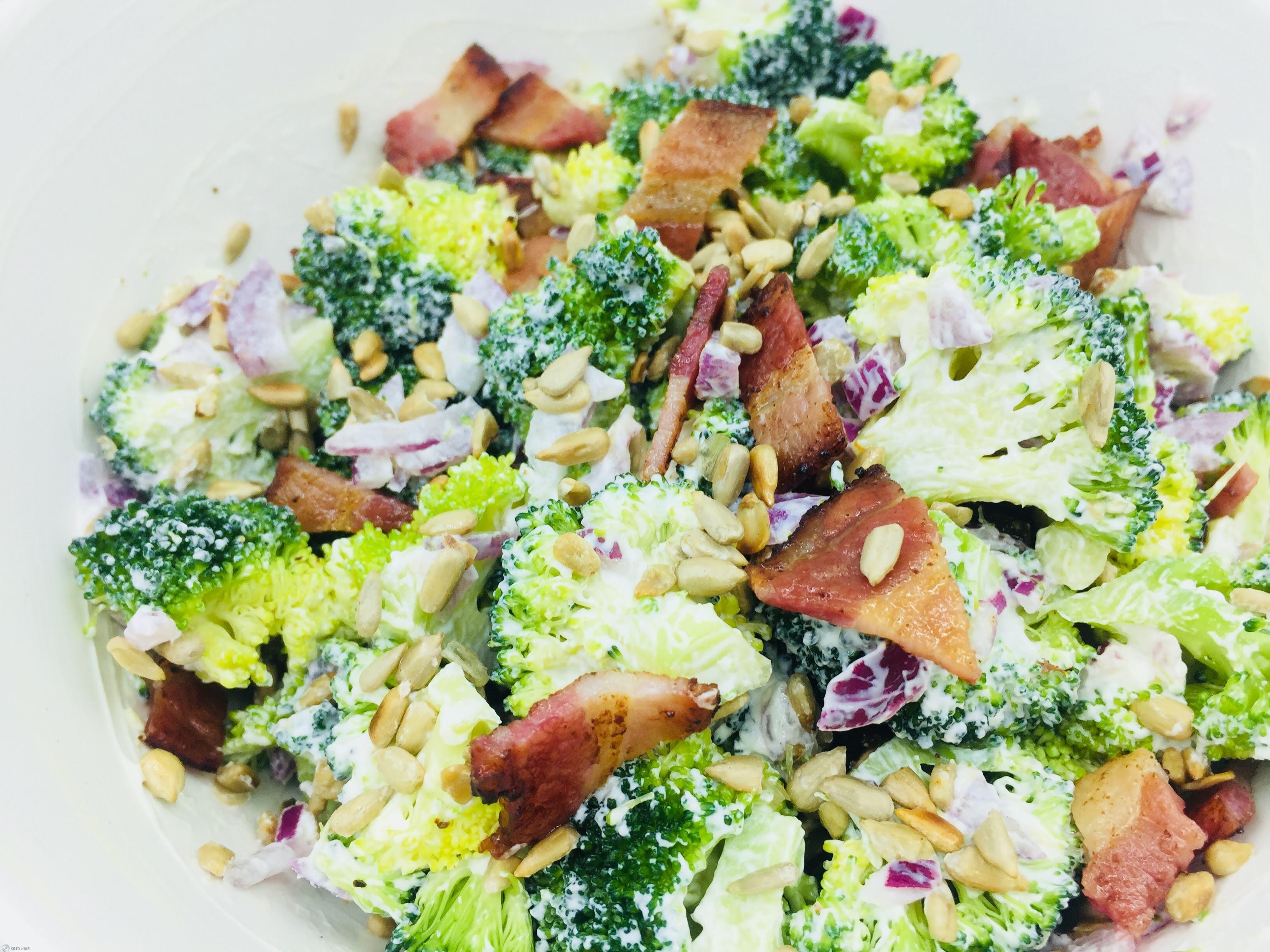 gemarineerde koude broccoli met spek