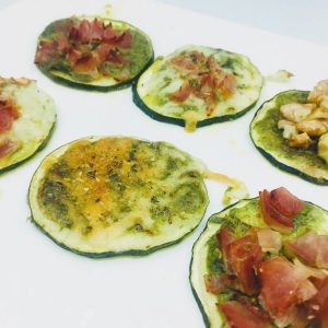keto mini pizza
